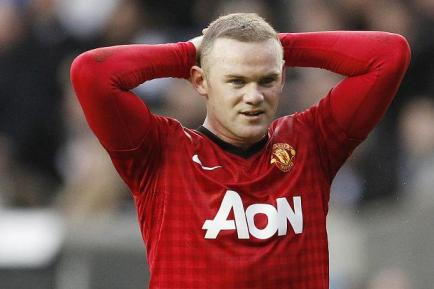 Sidelined | Wayne Rooney could miss up to four matches after picking up an injury. (Image | The Sun)