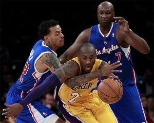 The sole point of continuity in the Lakers' lineup, Kobe Bryant has also been one of its biggest problems in 2012-13 (Image | LA Times)