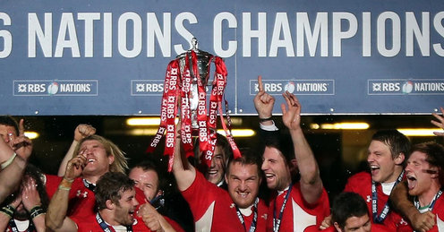 Champions | Wales rejoice after comprehensively defeating England to retain the Six Nations trophy. (Image | Sky Sports)