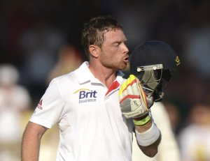 Ian Bell's batting performances have consistently dug England out of holes in this series; he deserves all the plaudits he has received in the past month (Image | Yahoo)